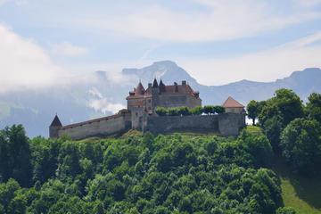 Viagem diurna para a vila medieval de Gruyères e Fábrica de chocolate