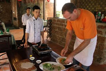 Hoi An Culinary Tour and Cooking Class with Cruise
