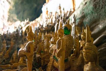Overnight Luang Say Cruise from Huay Xai to Luang Prabang overnight at Luangsay Lodge