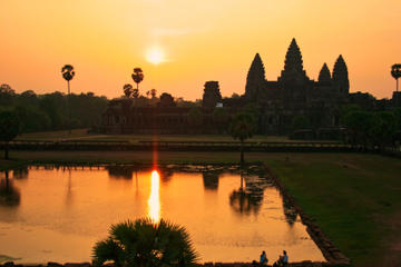 Private Sunset Cruise at Angkor Thom