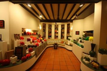 Theam's House Gallery Tour in Siem Reap