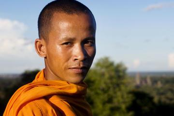 Visite privée : cérémonie de bénédiction bouddhiste et visite de la...