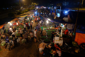 Hanoi Long Bien Sunrise Photo Tour