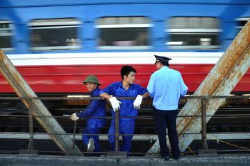 Hanoi On the Tracks Photo Tour
