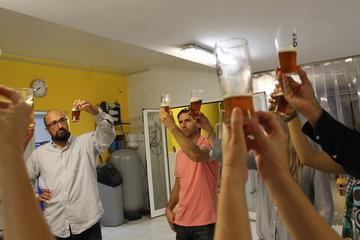 Dégustation de bières artisanales et de tapas gourmets à Barcelone