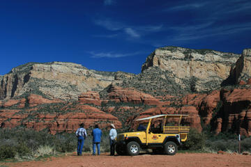 Sedona Jeep and Wine Tasting Combo Tour