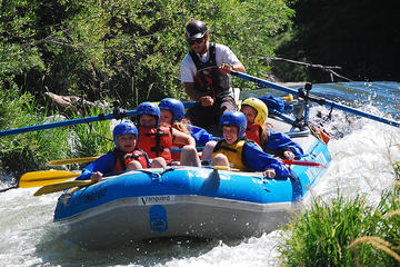 Day Trip Rogue River Half-Day Raft Trip near Ashland, Oregon