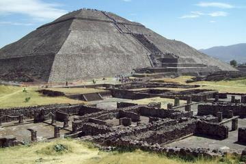 Teotihuacan Pyramids Tour from Mexico City