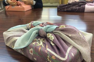 Traditional 'Furoshiki' Art Class in Nagoya