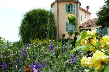 Excursion panoramique audioguidée à Antibes, Cannes, Grasse et...