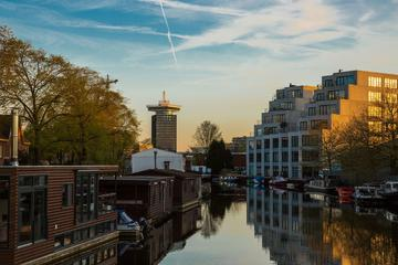 Amsterdam Hop-On Hop-Off Boat Tour with ticket to Madam Tussaud