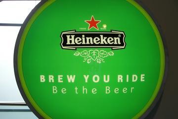 Hop-on-Hop-off-Tageskarte für die Amsterdamer Kanalbusse und Heineken...