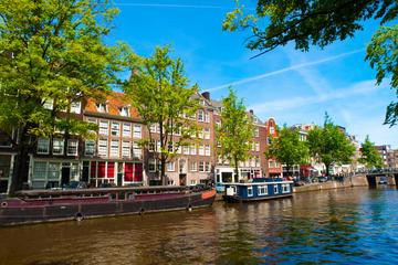 Hoppa av/hoppa på-kanalbuss i Amsterdam