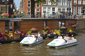 Per waterfiets door de Amsterdamse grachten, optioneel met Heineken ...