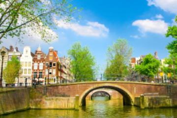 Amsterdam Super Saver: Stadtrundfahrt und Salon-Bootstour