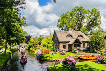 Day Trip to Giethoorn including Enclosing Dike from Amsterdam