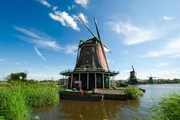 Halbtagesausflug von Amsterdam zu den Windmühlen von Zaanse Schans...