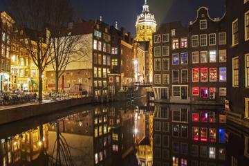 Kanalkryssning i Amsterdam inklusive middag och guidning ombord