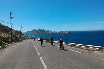 Easy Calanques Electric Bike Tour from Marseille