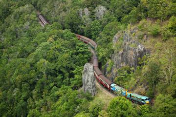 Keine Warteschlangen: Kuranda Scenic Railway Gold Class und Skyrail...