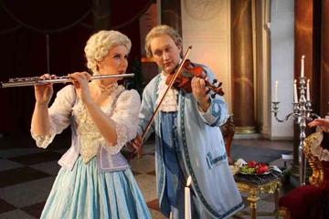 En aften på Charlottenburg Slot, rundtur på slottet, middag og...