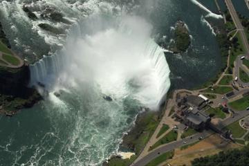 Privévlucht: Romantische helikoptervlucht over de Niagarawatervallen