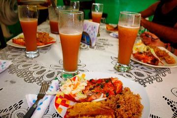 Recorrido por un mercado y clase de cocina en Cartagena