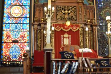 NYC Walking Tour: Bialystoker Synagogue and Historic Lower East Side