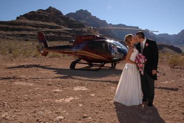 Casamento em helicóptero sobre o Grand Canyon