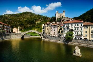 Excursion privée à la carte d'une journée à Dolceacqua et Sanremo...