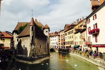 Private Tour: Perouges and Annecy Day...
