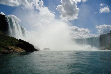 Dagtrip per vliegtuig naar de Niagarawatervallen vanuit New York