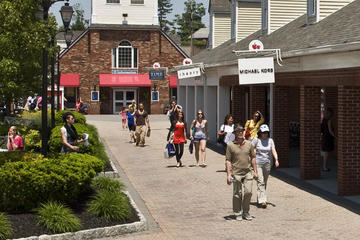New York : shopping aux magasins de Woodbury Common