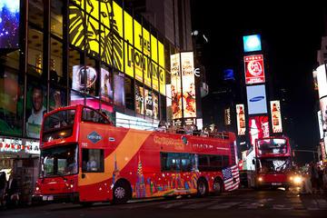Recorrido nocturno del autobús de dos pisos de Nueva York