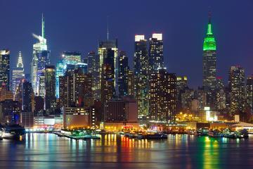 Recorrido nocturno en la ciudad en Nueva York