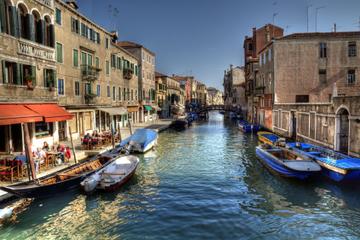 Venedig Kanalfahrt: Canal Grande und geheime Kanäle mit dem Motorboot