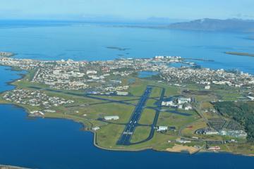 Rundflug über Reykjavík sowie die Hengill-, Bláfjöll- und Esja-Berge