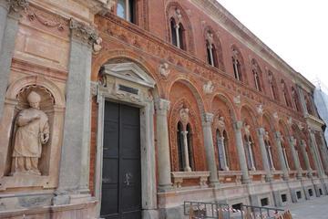 Alla scoperta di Piazza Santo Stefano