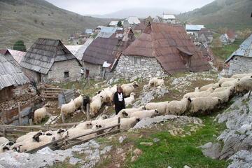 Lukomir Highland Village Tour and Hike from Sarajevo