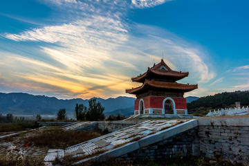 All Inclusive Private Hiking Day Tour at Huangyaguan Great Wall and Qing Tombs