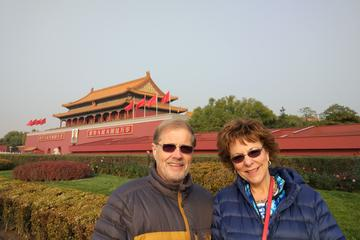 Private Day Tour to Tiananmen Square, Forbidden City and Hutong by Public Transportation