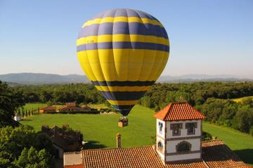 Fahrt im Heißluftballon über Katalonien