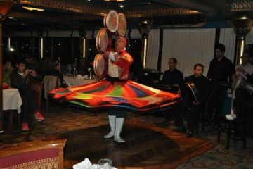 Exclusive Cairo Dinner Cruise with Show