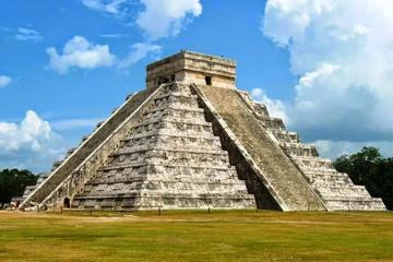 Chichen Itza, Cenote and Valladolid All-Inclusive Private Tour from Riviera Maya