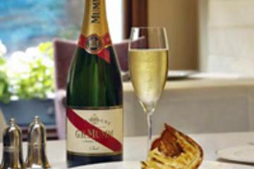 G. H. Excursão na Adega Casa de Champagne de Mumm