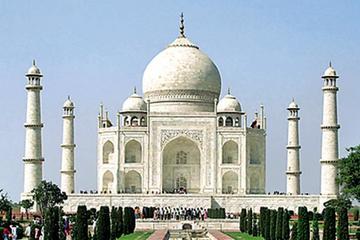 Delhi Agra Dellhi tour by sedan car : Same Day Trip