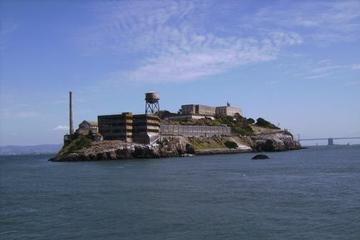 San Francisco-hopp-på-hopp-av-billett og Alcatraz-tur