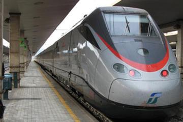 Traslado privado para llegadas: estación de tren de Florencia
