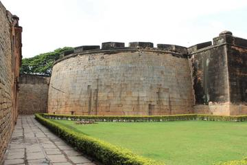 Bangalore Fort heritage walk