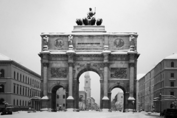 Combo Munique da Segunda Guerra Mundial: campo de concentração de...
